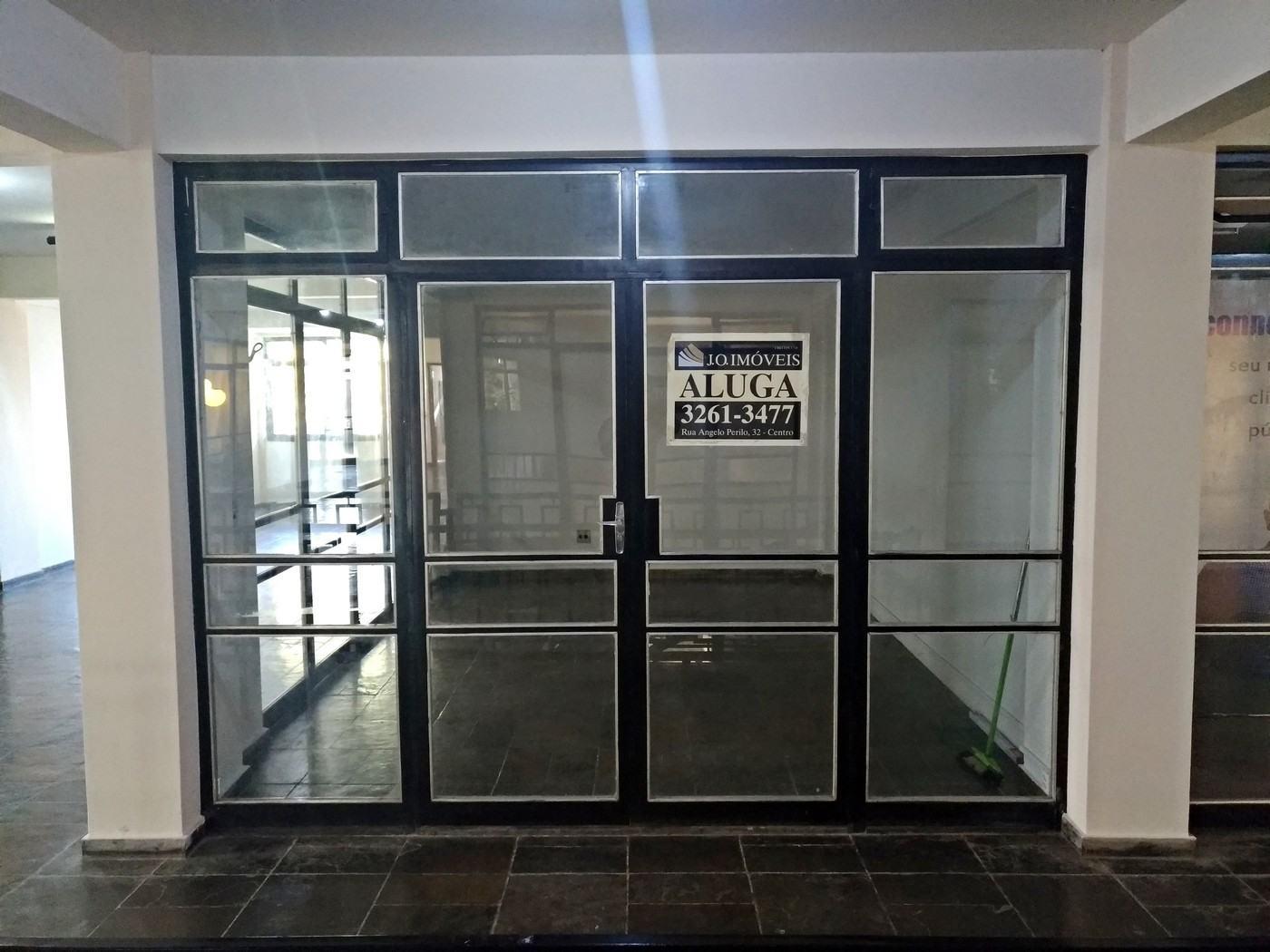 Sala – Centro (Galeria Fênix)