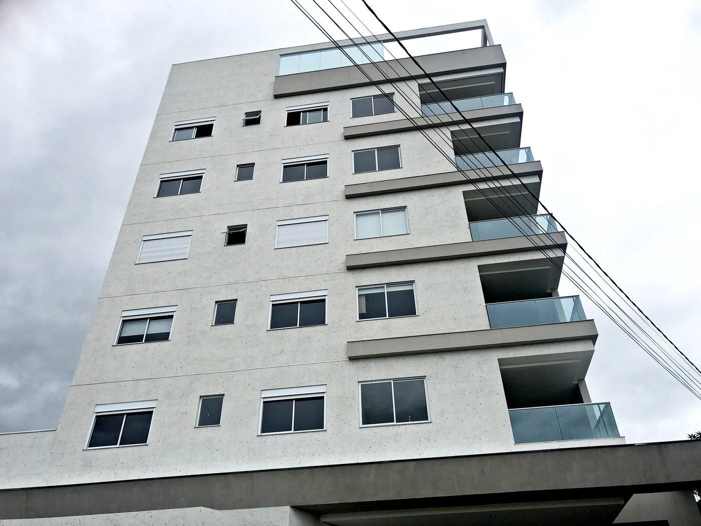 Apartamento – Centro – Residencial L´ Adresse